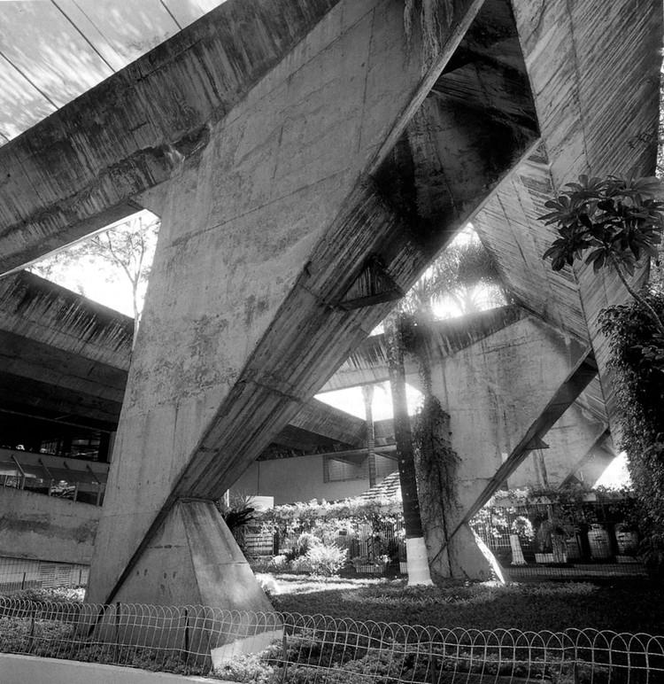 Clássicos da Arquitetura: Anhembi Tênis Clube / João Batista Vilanova Artigas e Carlos Cascaldi, © Tumblr kureator
