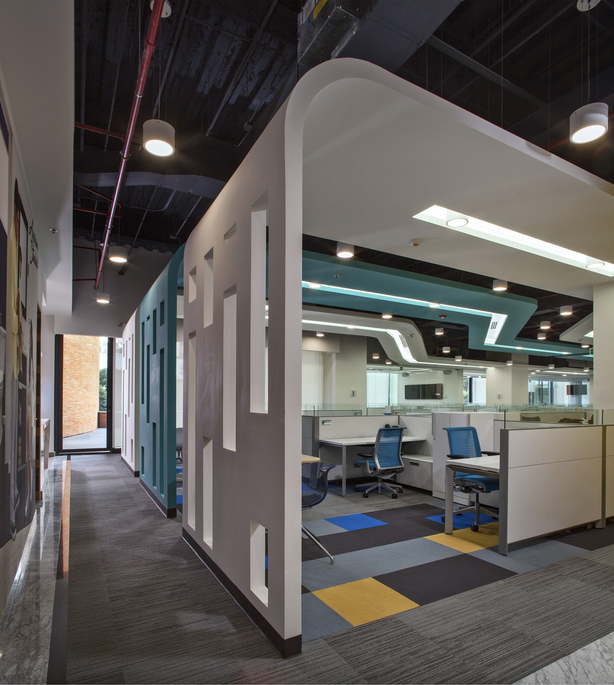 American standard space archdaily for Office design standards