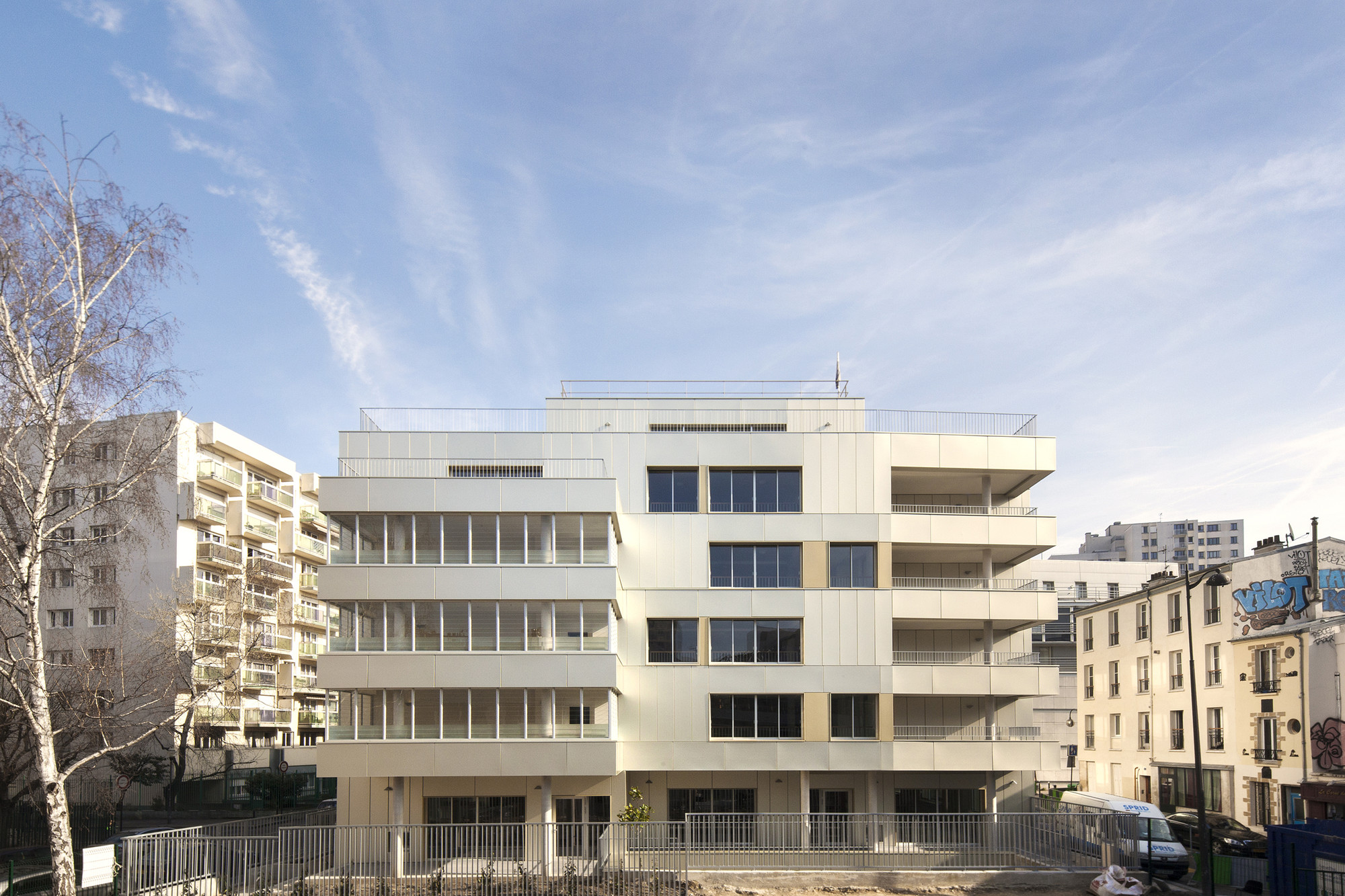 Residence Alice Guy / ADE architectes - David Elalouf & Guillaume Prognon, © Pauline Turmel