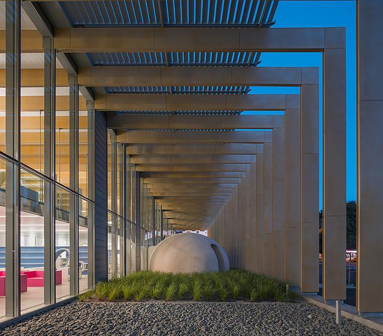 Biblioteca de Mídia Pontivy / Opus 5 architectes, © Luc Boegly