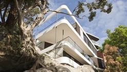 Cliff Top House / Luigi Roselli