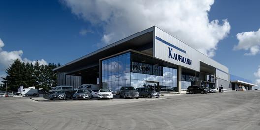 Kaufmann Temuco / B Schneider Arquitectos e Ingenieros