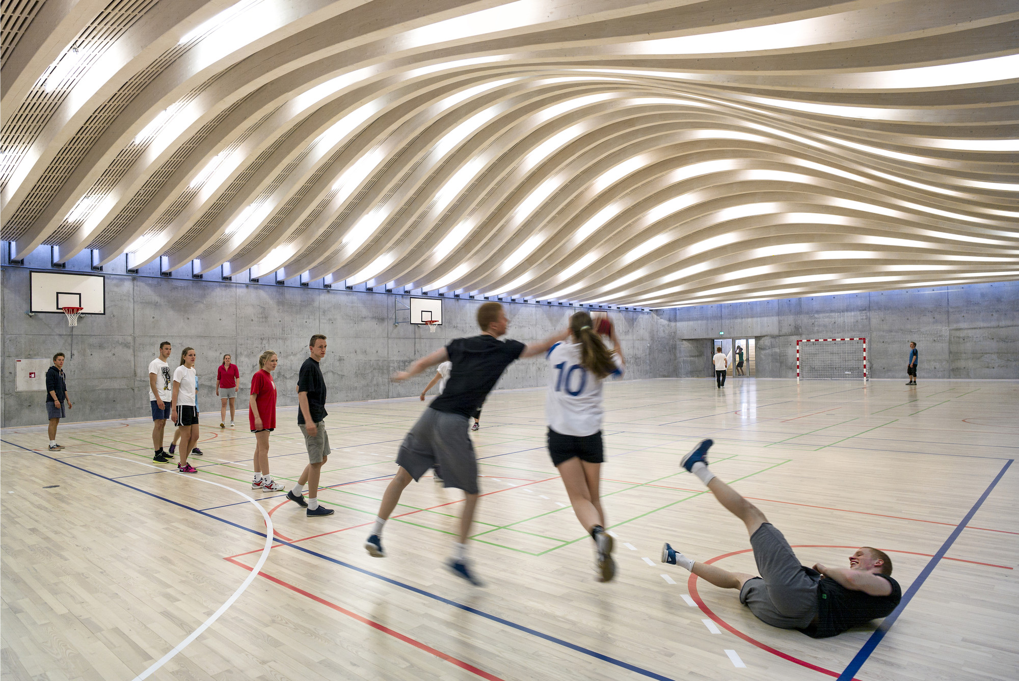 Seven Projects Honored with Inaugural Active Design Award, Gammel Hellerup High School Gymnasium and Multipurpose Hall / BIG © Jens Lindhe