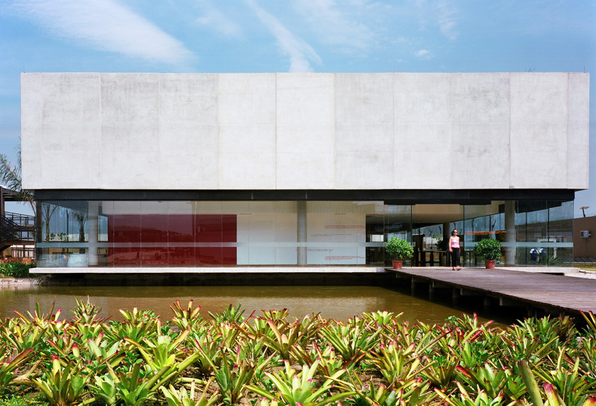 SESC Barra Secondary School  / Indio da Costa Arquitetura, © Pedro Kok