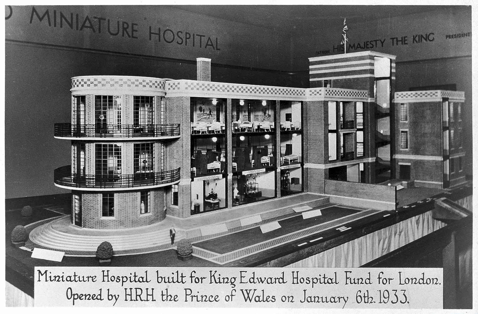 """""""Death in Venice"""" to Showcase Architecture's Relationship with Mortality, Death in Venice will focus partially on the changing design of hospitals, places that many people die in every year. Image Courtesy of The Wellcome Library"""