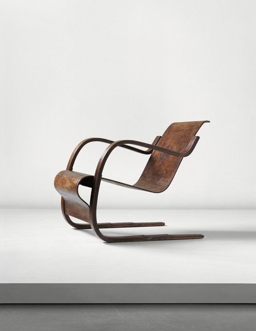 Alvar Aalto: Early cantilevered armchair with stepped base, model no. 31, designed for the Tuberculosis Sanatorium, Paimio, 1929-1933 (Sold for £23,750). Image Courtesy of Phillips