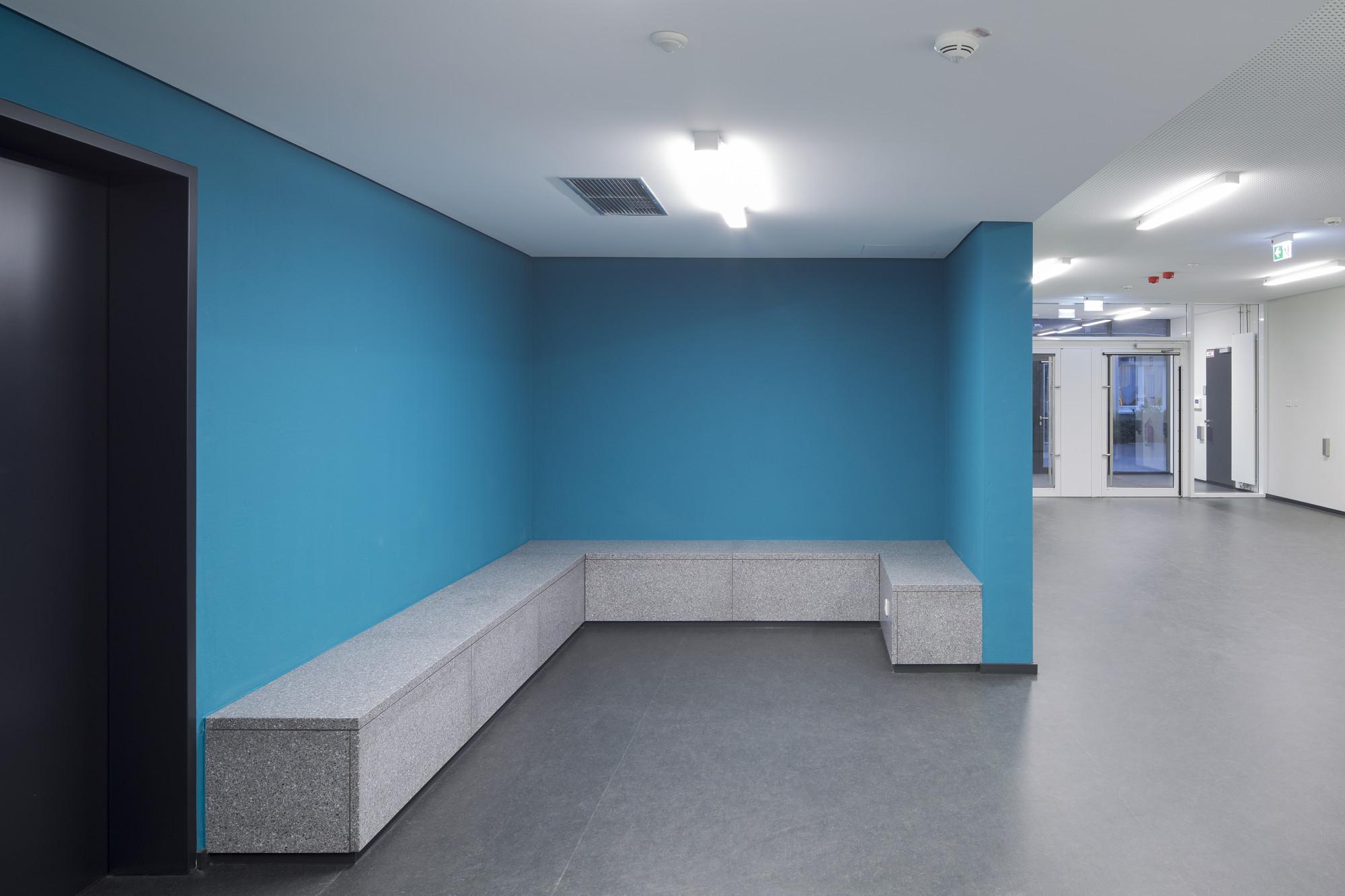 gallery of chemiepraktikum aachen ksg architekten 3. Black Bedroom Furniture Sets. Home Design Ideas