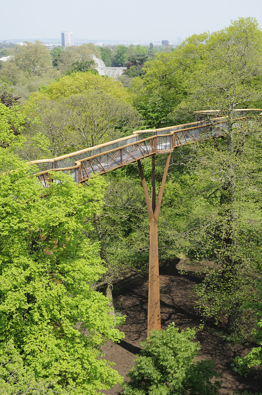 Kew Tree Top Walkway & Rhizotron  / Marks Barfield Architects, © Peter Durant