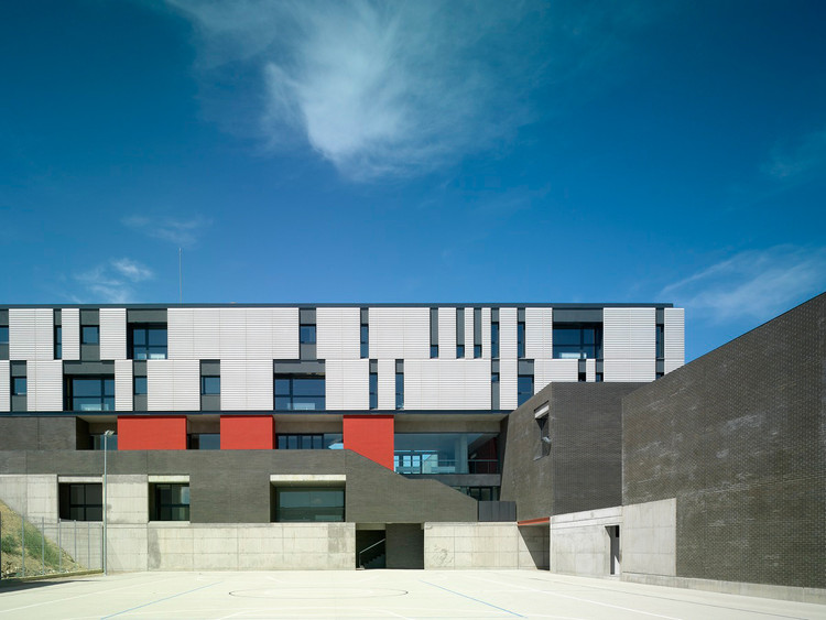 Secondary and Cooking School, Plasencia / LANDÍNEZ+REY | equipo L2G arquitectos, © Jesús Granada