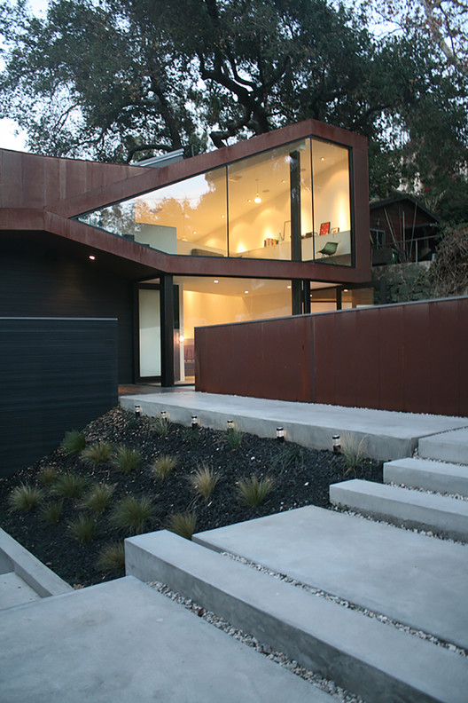 Manifold House / ANX, Courtesy of ANX
