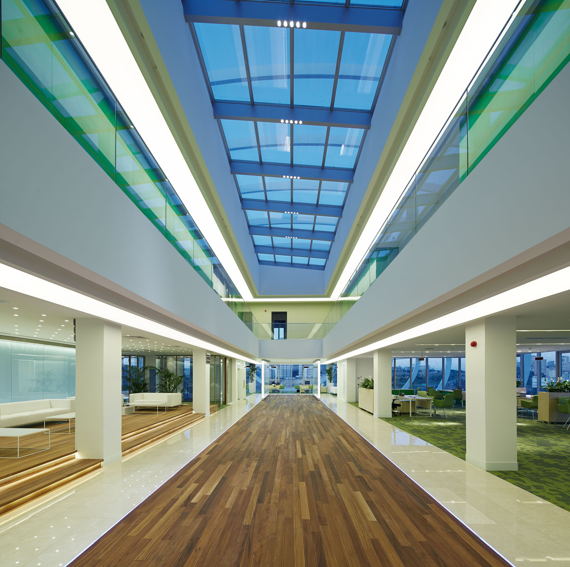 Tema Istanbul Showroom / Yazgan Design Architecture