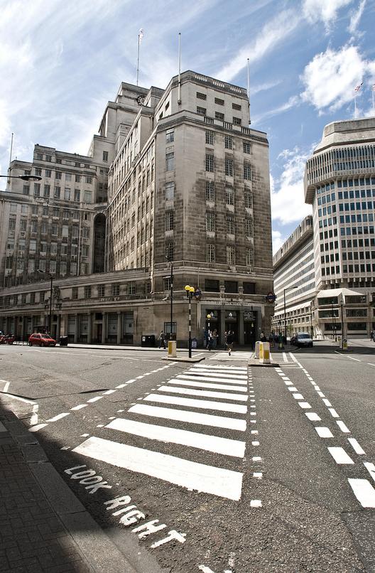 TateHindle vence competição para transformar a sede do metrô de Londres, Sede do Metrô de Londres na 55 Broadway. Imagem © Flickr CC USer Chris Guy
