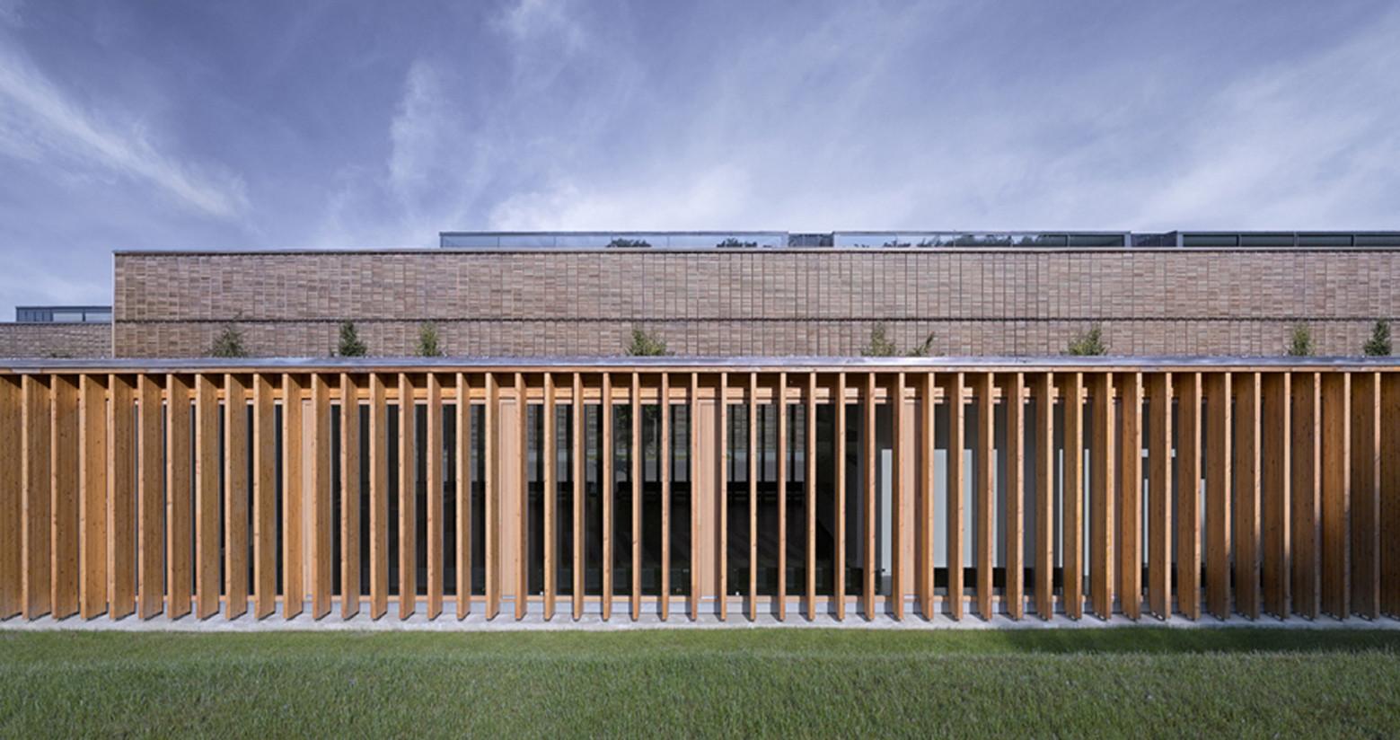 Gallery of cafeteria at the university aalen mgf architekten 8 - Mgf architekten ...