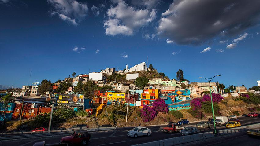 Intervenção Urbana: Coletivo Boa Mistura invade com cores a Colonia Las Américas, Cortesia de Boa Mistura