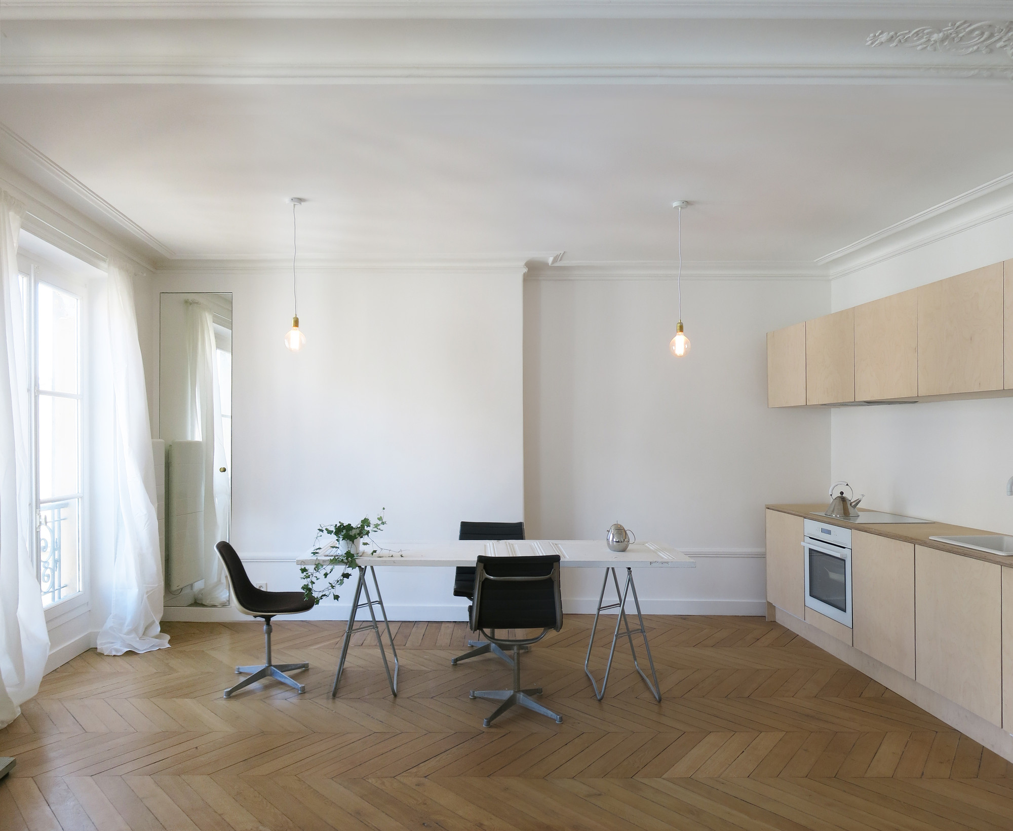 Renovated Parisian flat / JKLN, Courtesy of JKLN