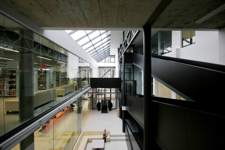 Biblioteca Pública de A.& M. Miskiniai en Utena / 4PLIUS Architects, © R.Urbakavicius