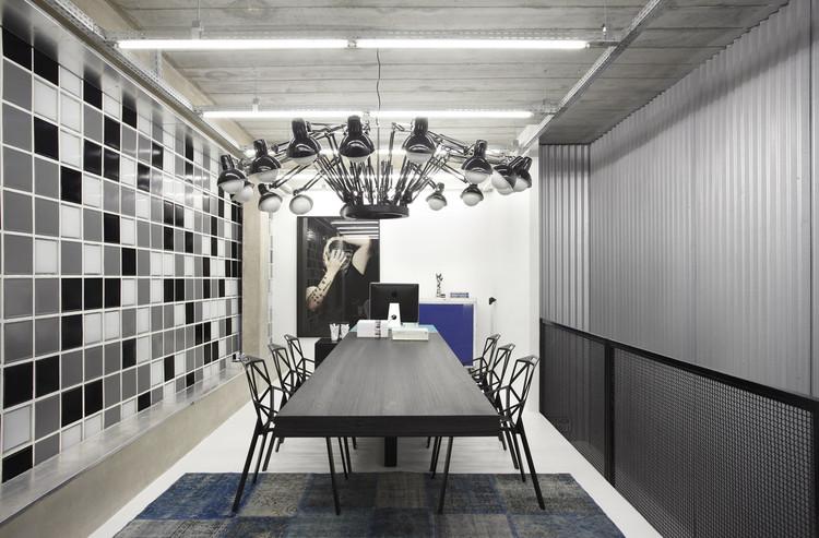 GT Studio / Studio Guilherme Torres, © Denilson Machado
