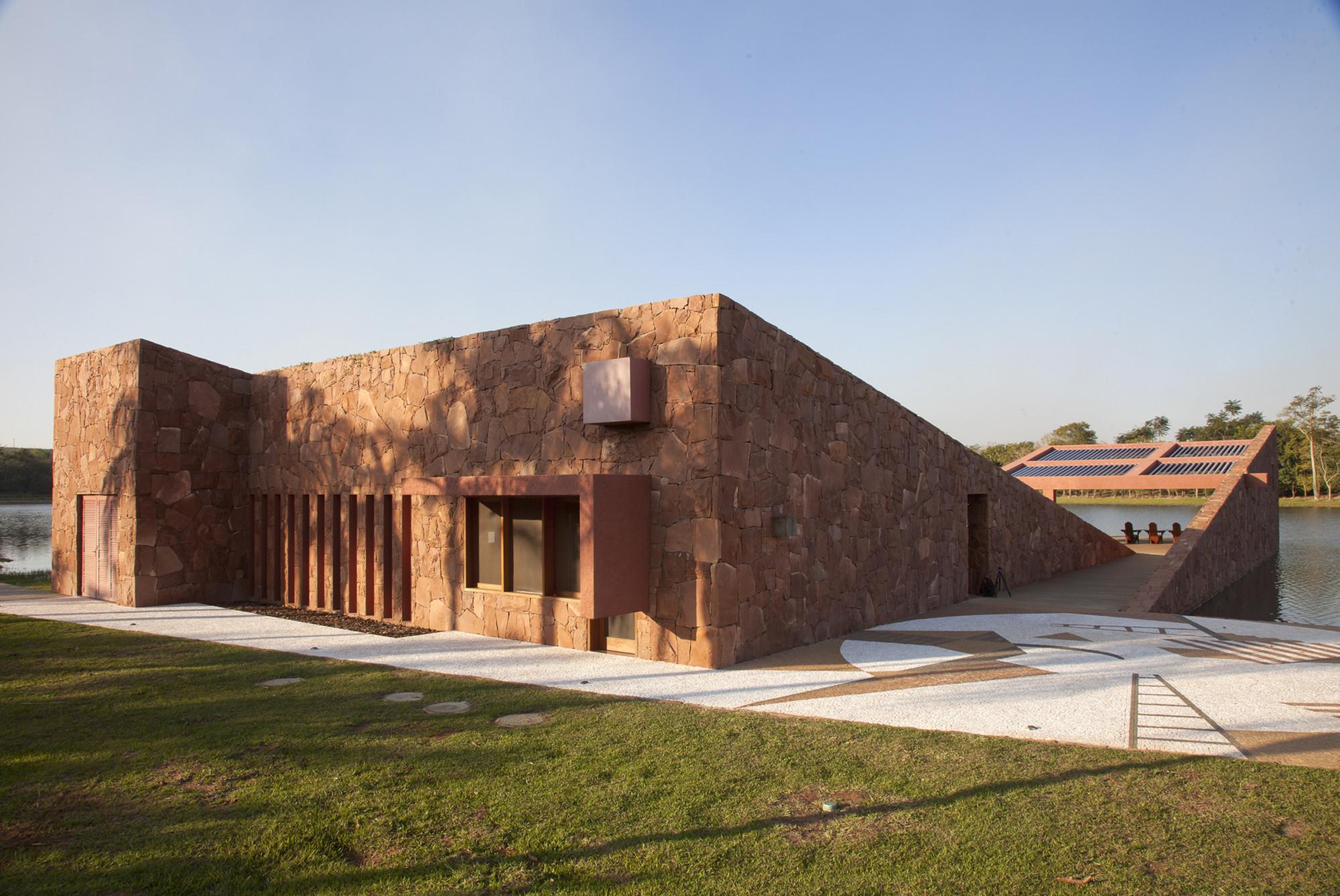 Legorreta oficina archdaily m xico for Arquitectos y sus obras