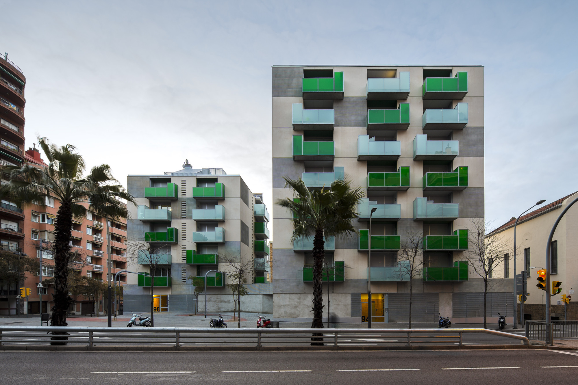 """Santa Madrona"". 62 Social Dwellings / Pich-Aguilera Architects, © Simon García"