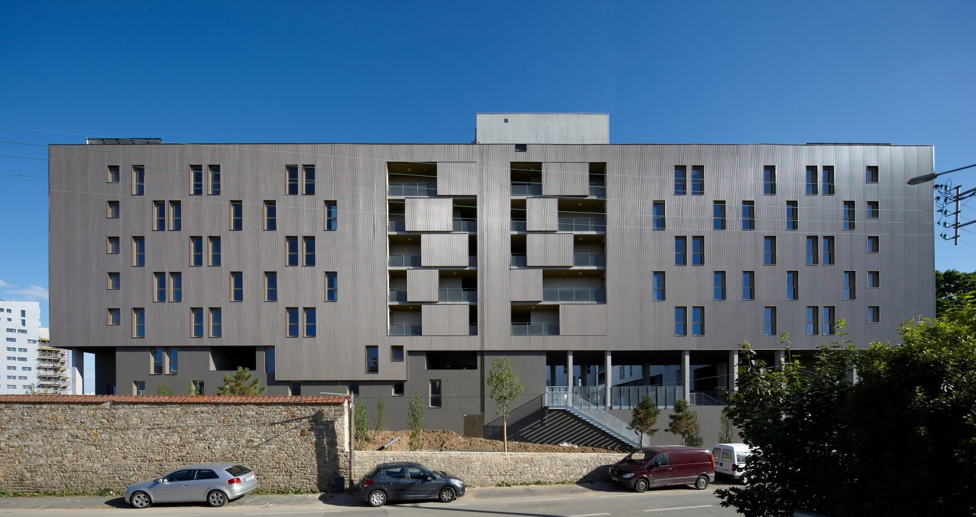 """Social Housing Rental """"Le Bois Habité"""" / Pich-Aguilera Architects, © Stéphane Chalmeau"""