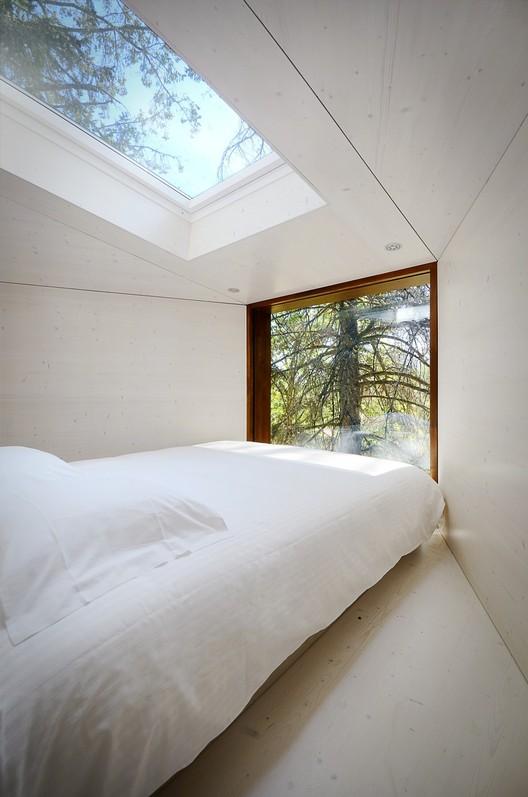 Dormitorios arquitectura y ejemplos de dise o - Maison tree snake houses luis tiago rebelo andrade ...