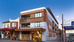 Ormond Road Apartments / Jost Architects
