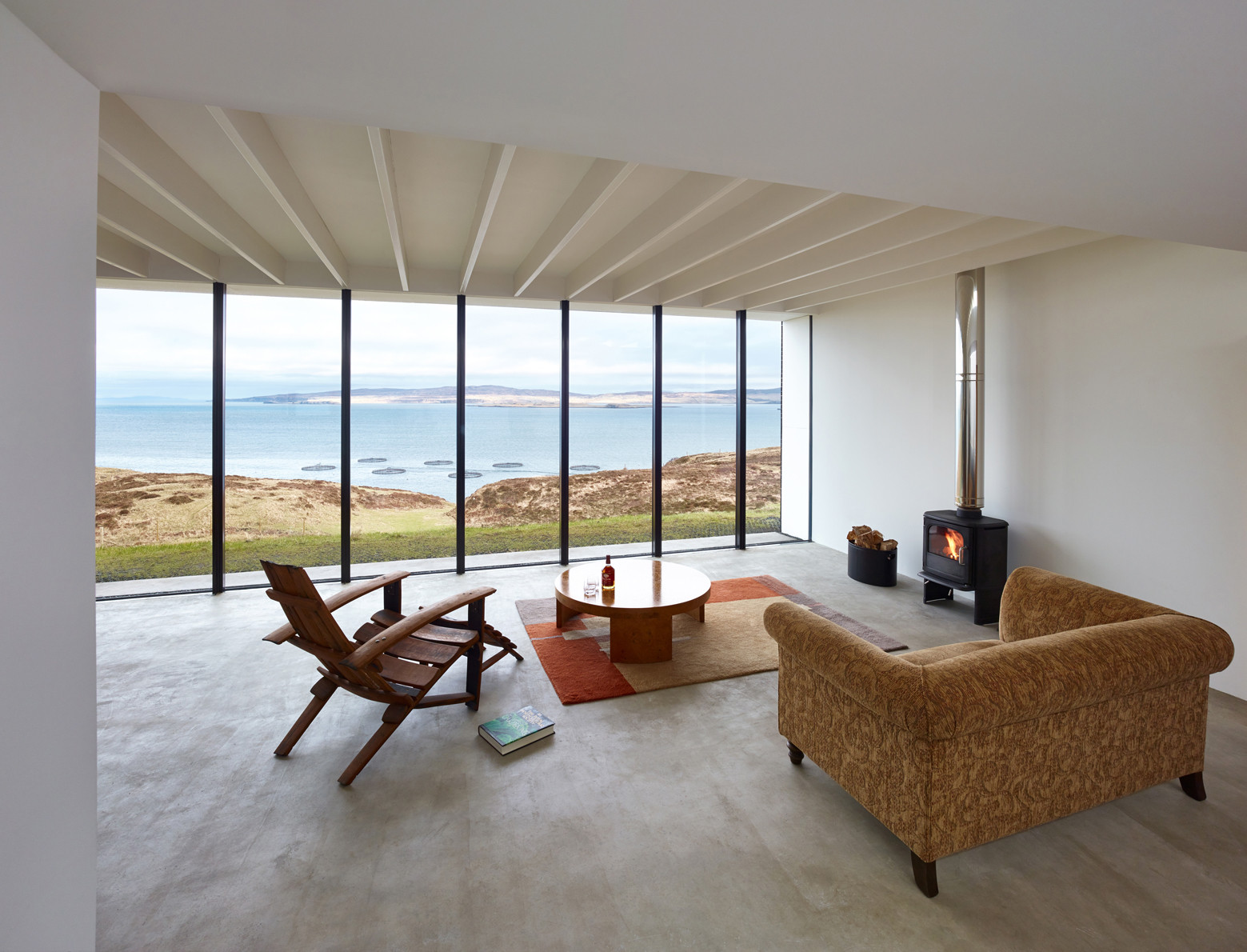 Cliff House / Dualchas Architects