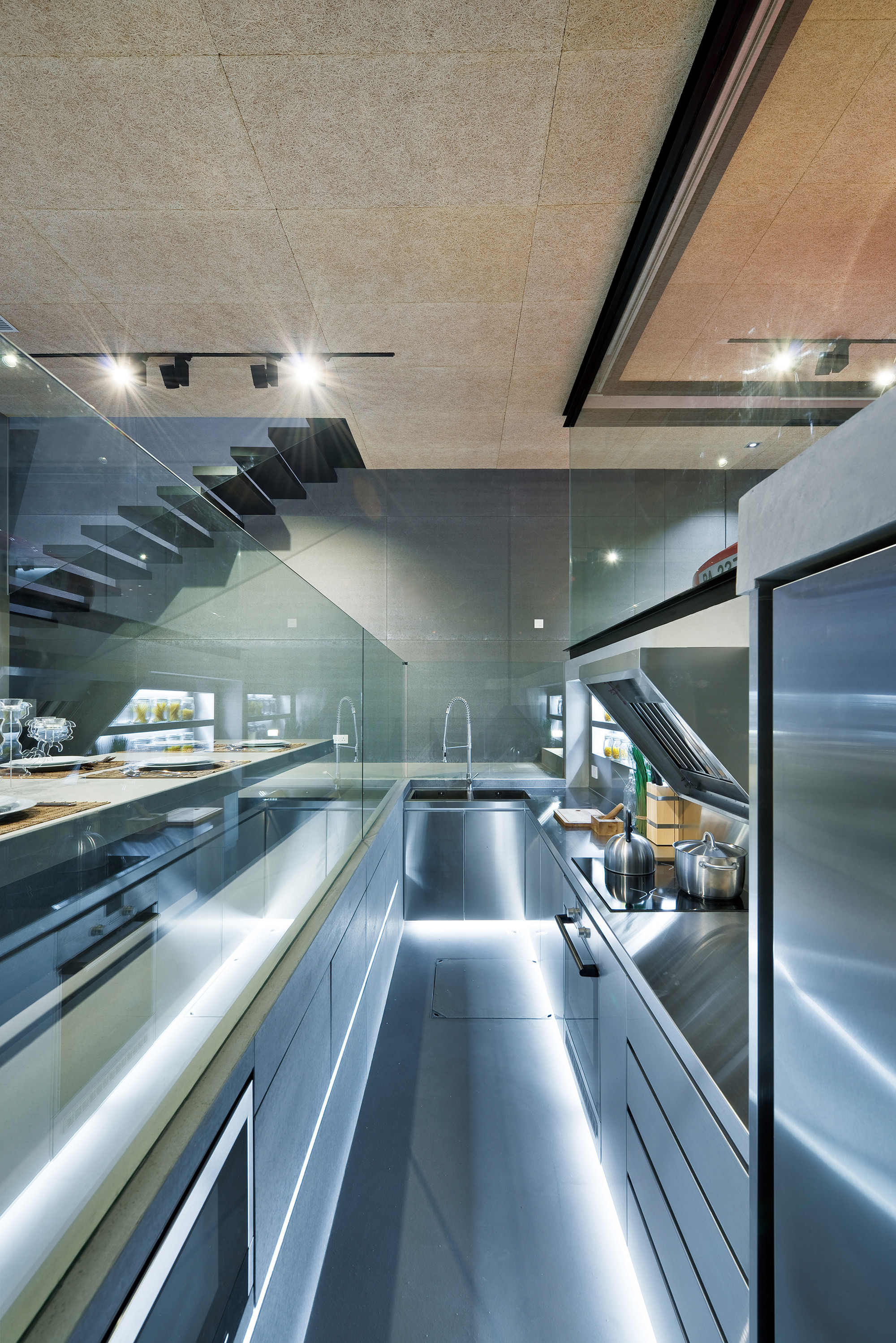Gallery of House in Sai Kung / Millimeter Interior Design - 7