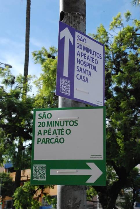 Iniciativa propõe placas de orientação para pedestres em Porto Alegre