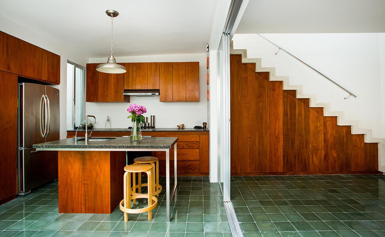 Tree house taller estilo arquitectura archdaily for Cocinas integrales de madera