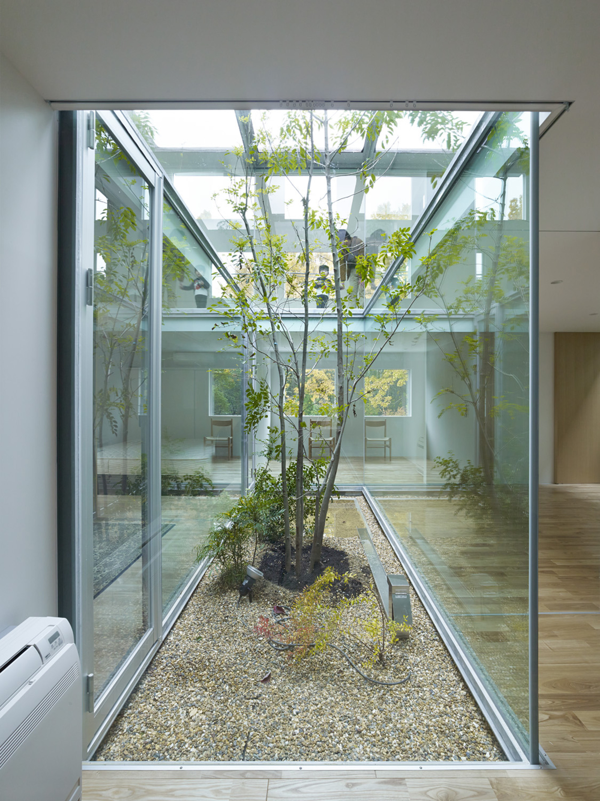 Gallery of atlas house tomohiro hata architect and - Patios interiores ...