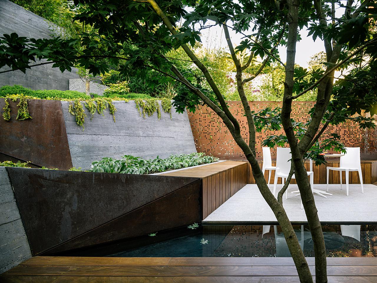 Arquitectura y Paisaje: Hilgard Garden, una sala de estar al aire libre por Mary Barensfeld Architecture