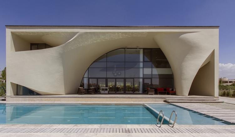 Residência Kouhsar / Next Office–Alireza Taghaboni, © Parham Taghioff