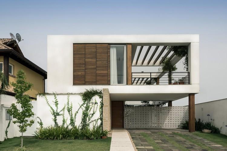 Terraville House / AT Arquitetura, © Marcelo Donadussi