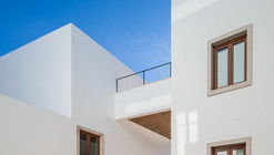Building Rehabilitation in Lagos / Vitor Vilhena Architects