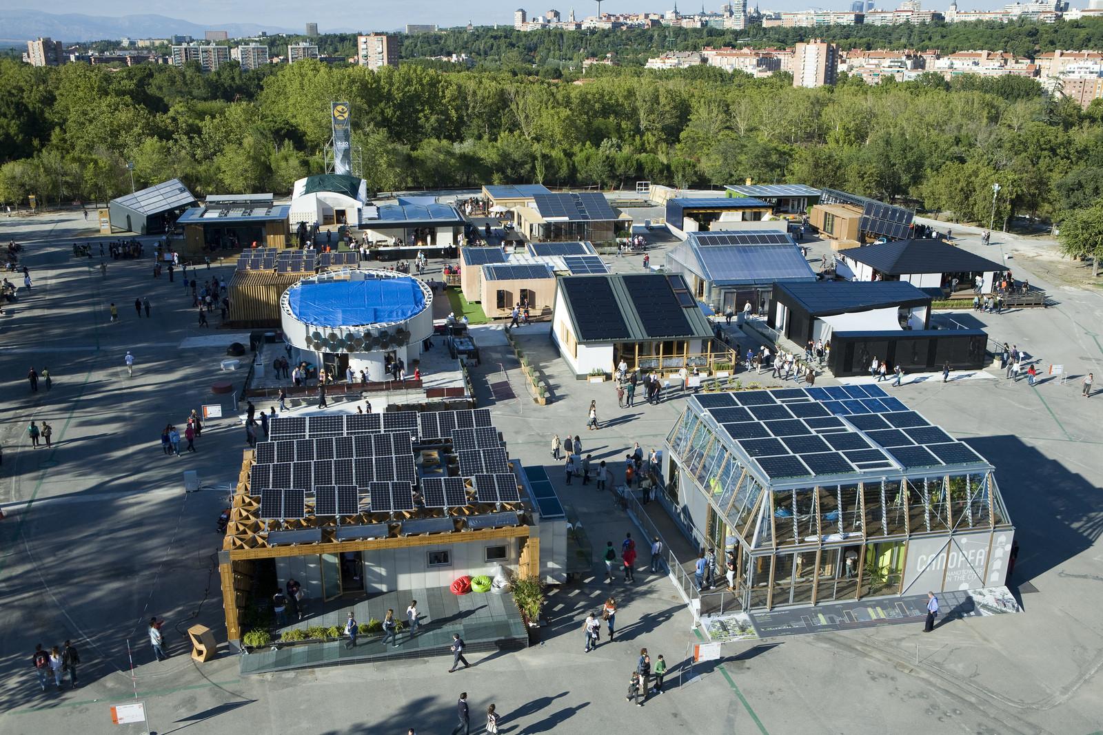 Primeiro Solar Decathlon  América Latina será realizado em Cali, Colômbia, em 2015, Solar Decathlon Europa 2012, em Madri, Espanh. Imagem © Via Flickr, Usuário SDEurope
