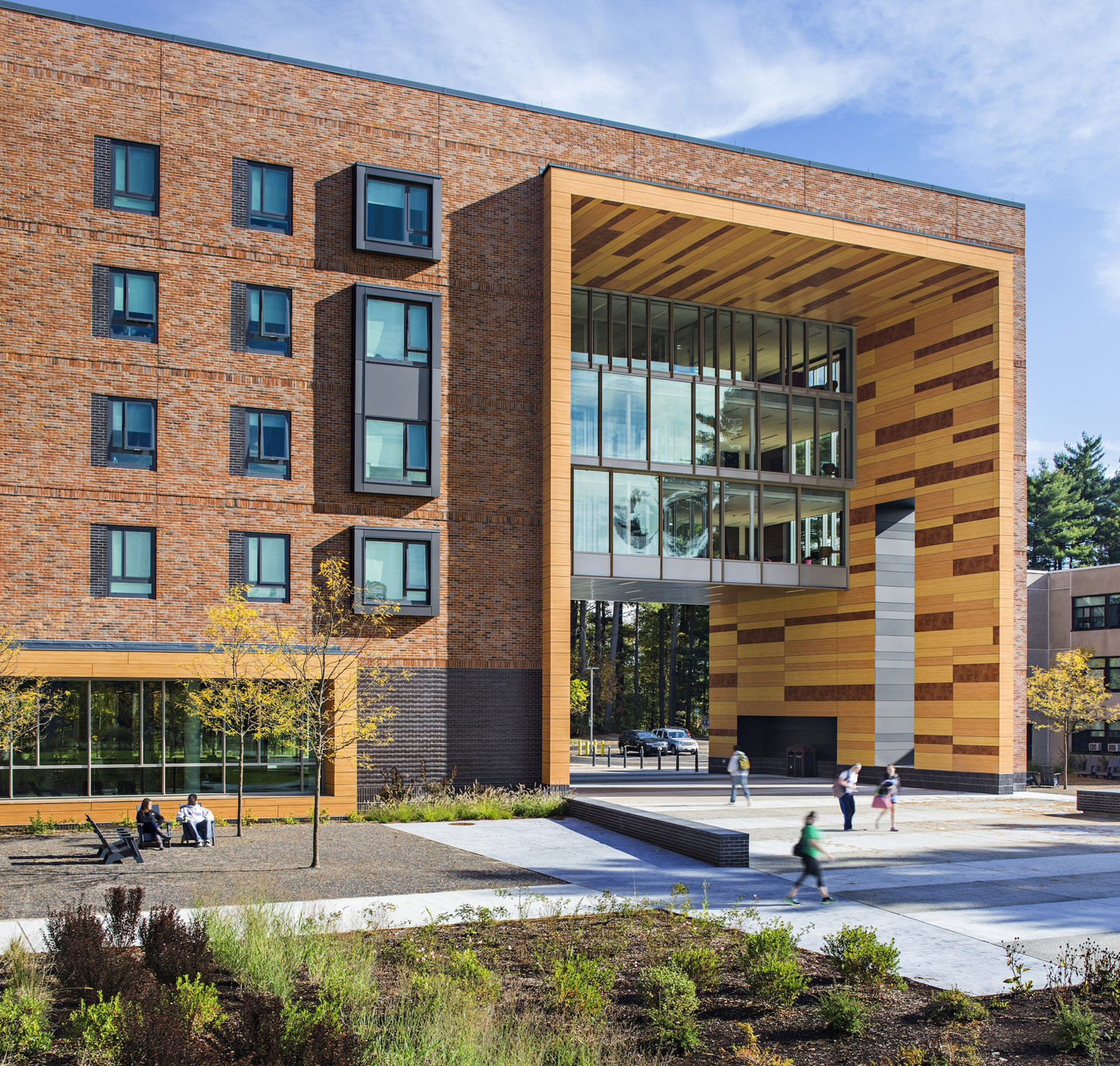 Westfield State New University Hall / ADD Inc., © Robert Benson Photography