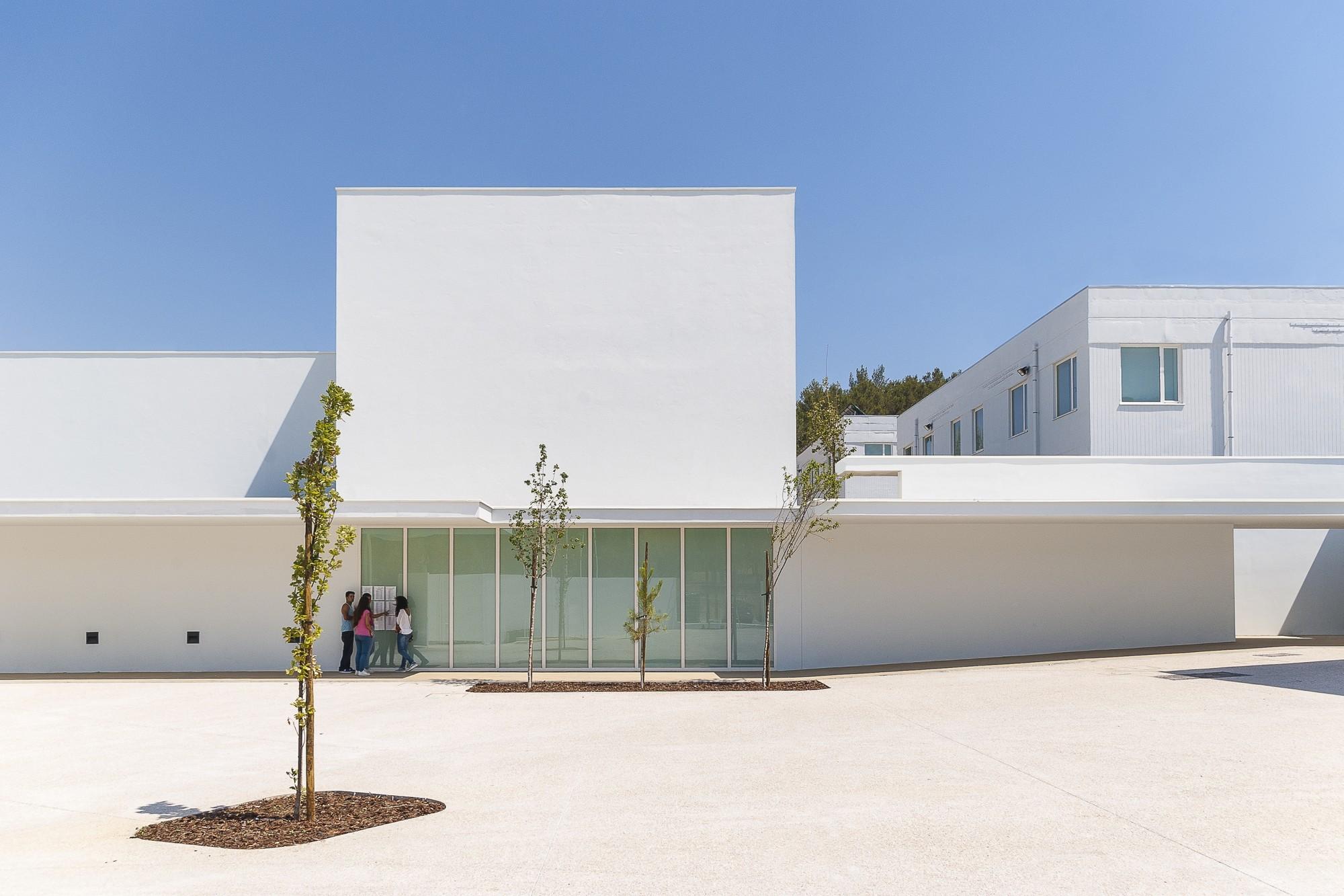 Modernização da Escola Lima de Freitas / Ricardo Carvalho + Joana Vilhena Arquitectos, © Nuno Gaspar / RCJV Arquitectos