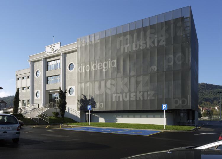 Ampliación del Polideportivo Municipal de Muskiz  / G&C Arquitectos, Cortesía de G&C  arquitectos
