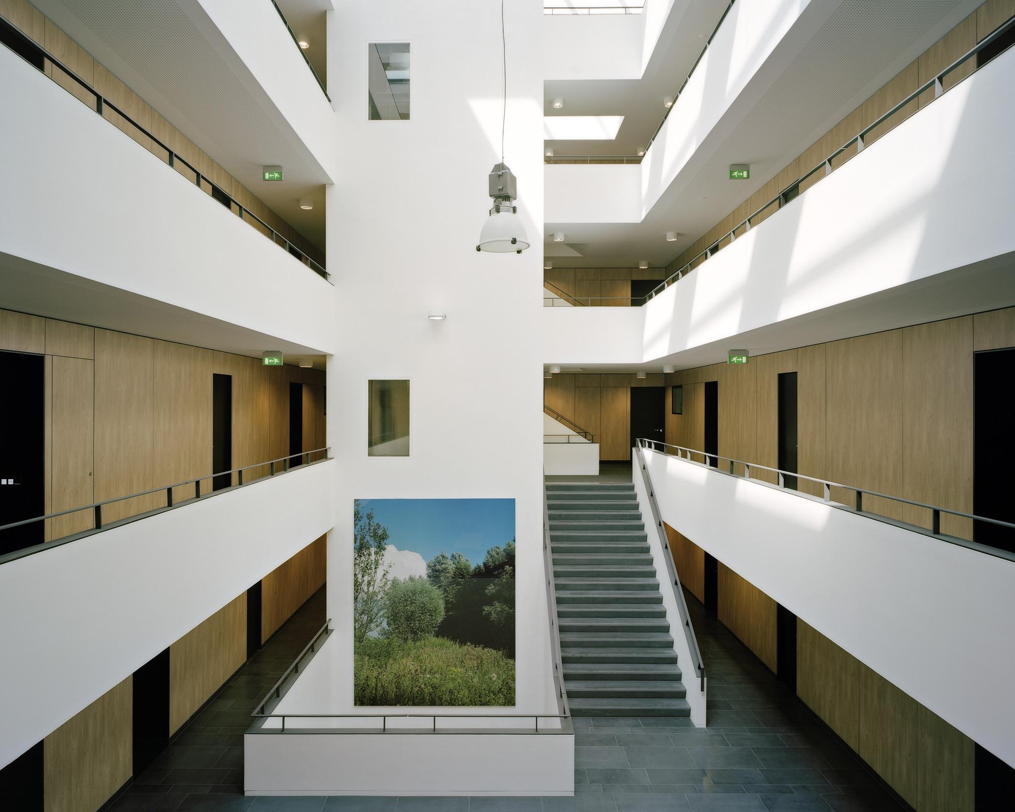 Gallery of Piazza Céramique / Jo Janssen Architecten - 19