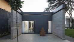 Pavilion / Metro Arquitetos Associados