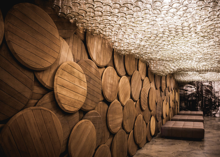 Shustov Brandy Bar / Studio Belenko, © Pavel Babienko