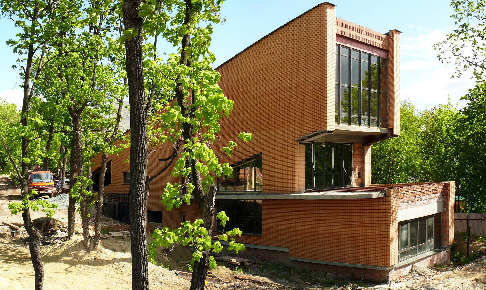 Teatro de Vistas de El Padrino / ROBOT ARCHITECTS