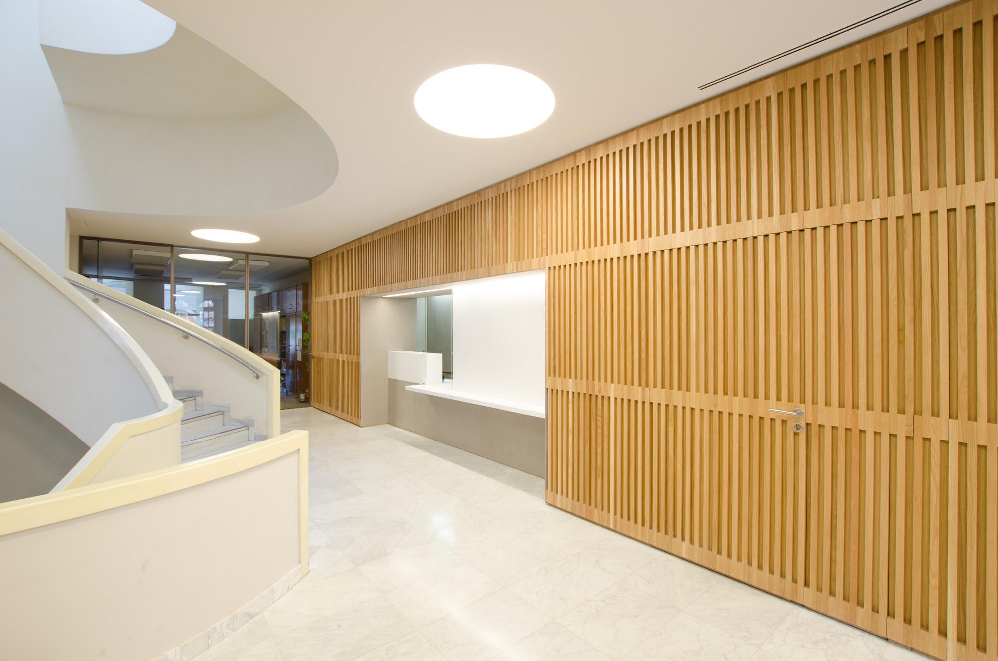 Galer a de proyecto de iluminaci n colegio de ingenieros - Proyectos de iluminacion interior ...