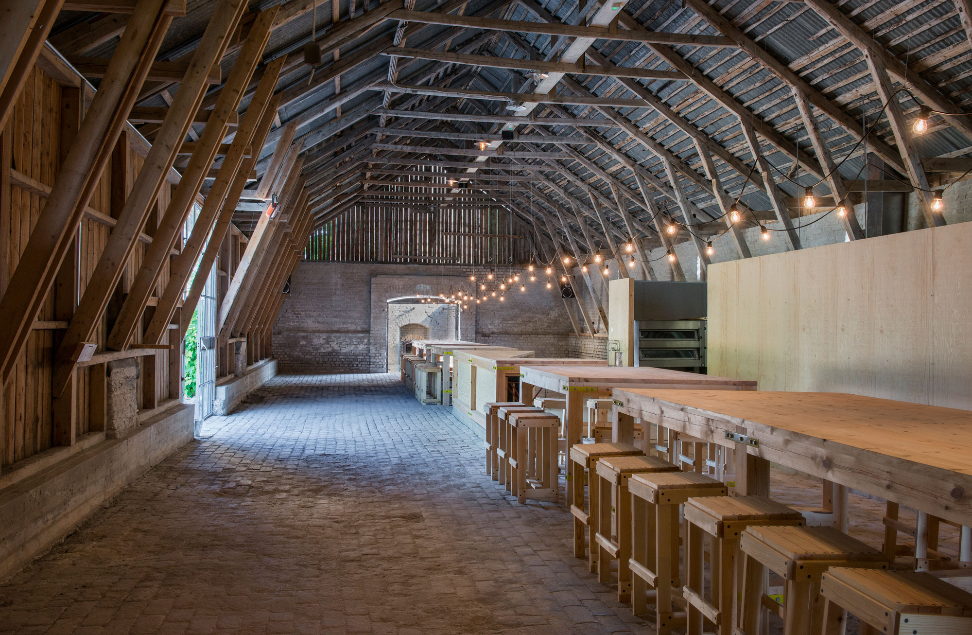 The Lime Barn Sk 228 Ls 246 Arkitekter Archdaily