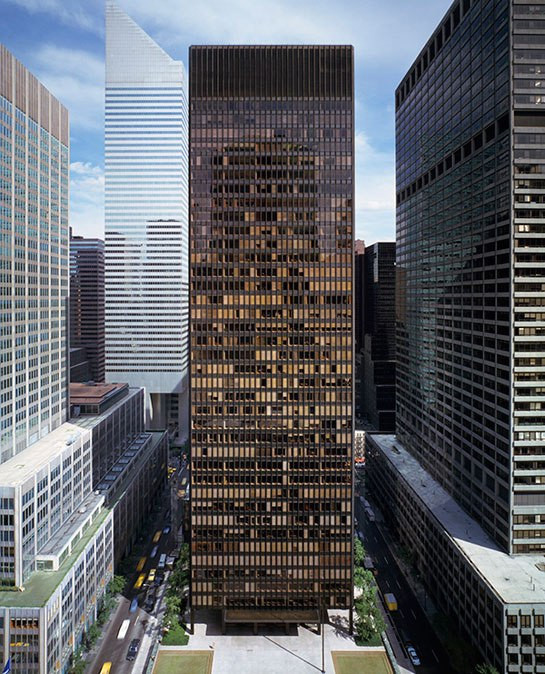 Gallery of AD Classics: Seagram Building / Mies van der ...
