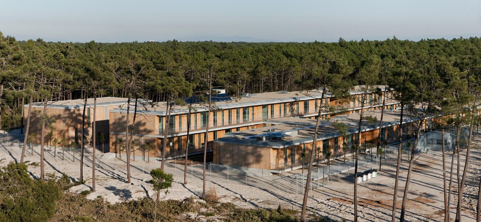 Gafanha da Boa Hora School Center / António Portugal e Manuel Maria Reis, © Luís Ferreira Alves