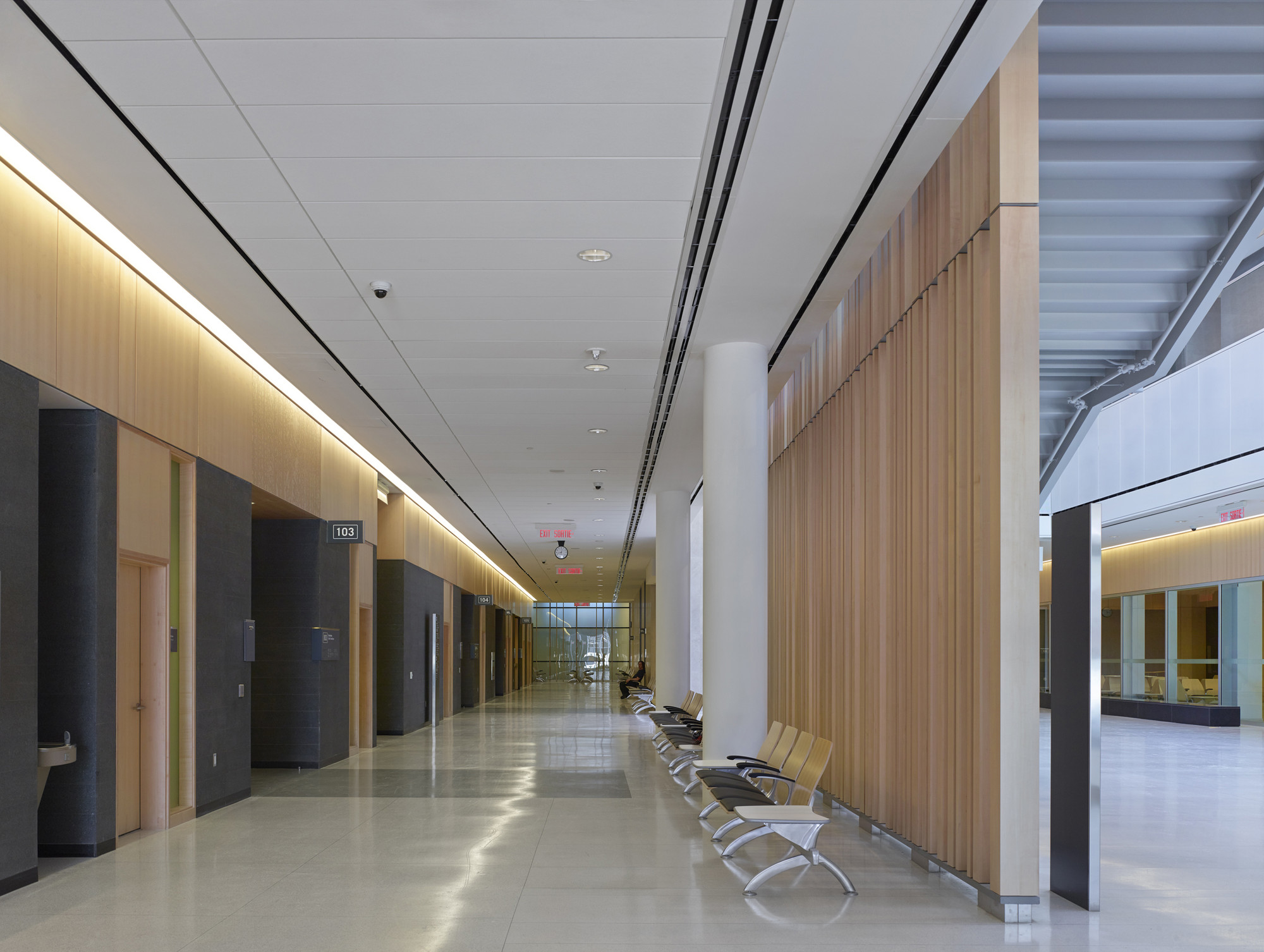 Thunder Bay Courthouse Adamson Associates Architects Archdaily
