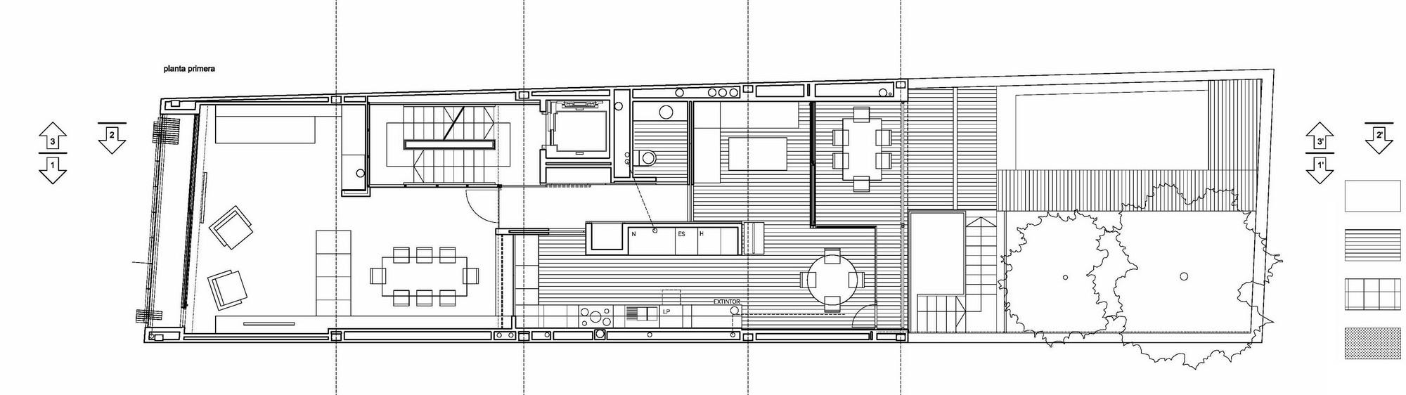 Galer 237 A De Una Casa Entre Medianeras En Massanassa
