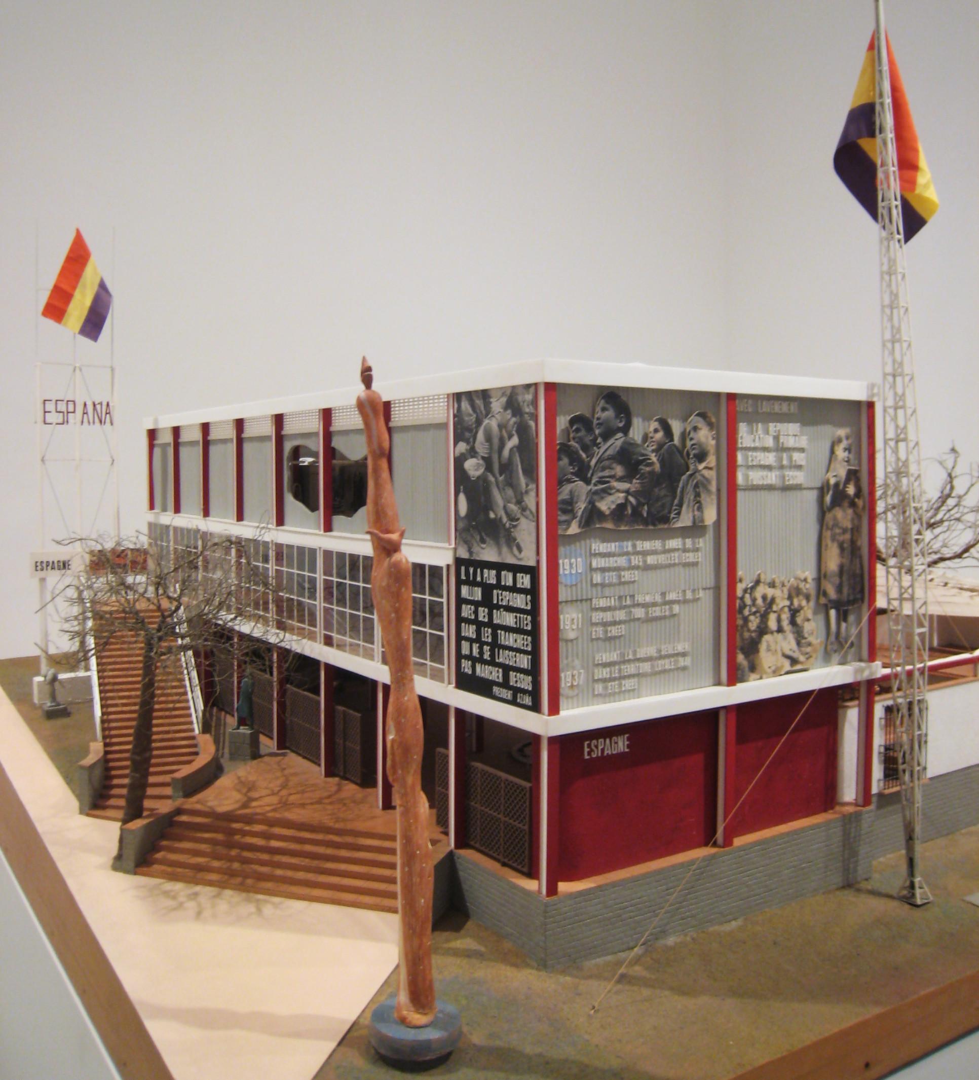 Transiciones de la Forma: La modernidad alternativa del Pabellón Español para la Exposición de París de 1937